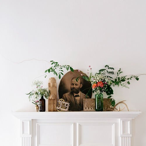 Collections And Floral Arrangements Abound In This Baton Rouge Home On Design*Sponge