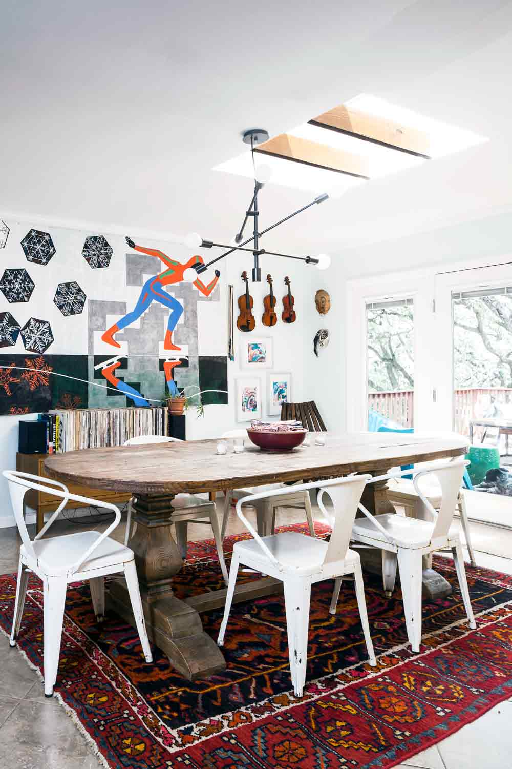A Maximalist Minimalist Family Ranch in Austin, on Design*Sponge