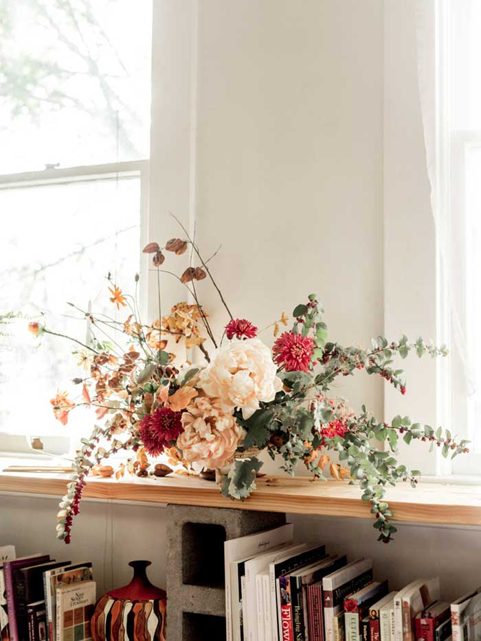 Sarah Blasai's Floral Design From Her Company SELVA Sometimes Shares Sarah's Living Room On Design*Sponge