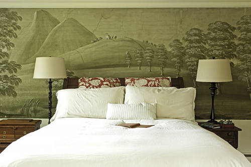 A New England Home Featuring Rufus Porter Murals Throughout The Home On Design*Sponge
