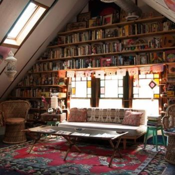 10 Incredible Home Libraries