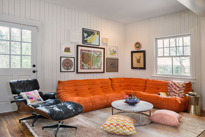 Betsy Masters That Perfect 70s Orange In Their Saratoga Springs Den On Design*Sponge