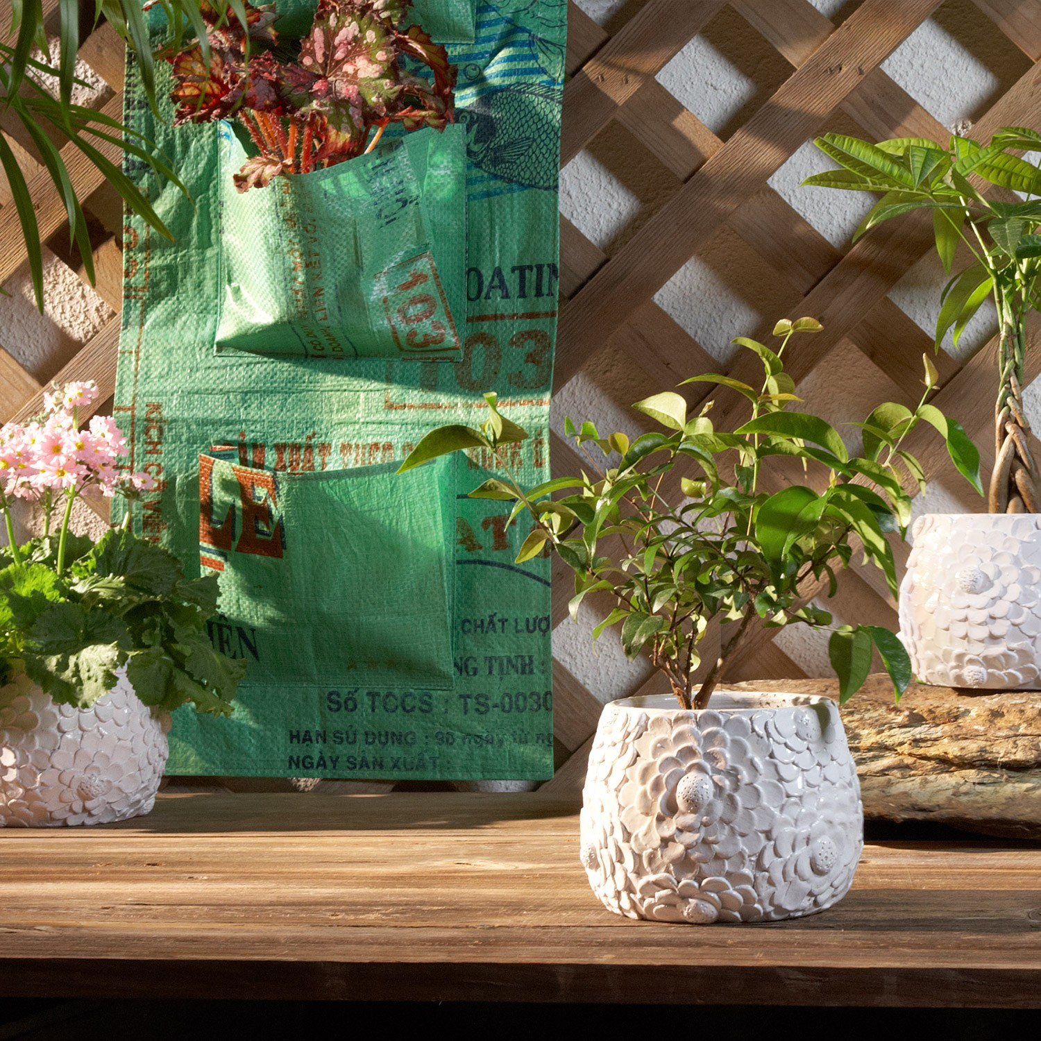 10 Planters to Celebrate Earth Day