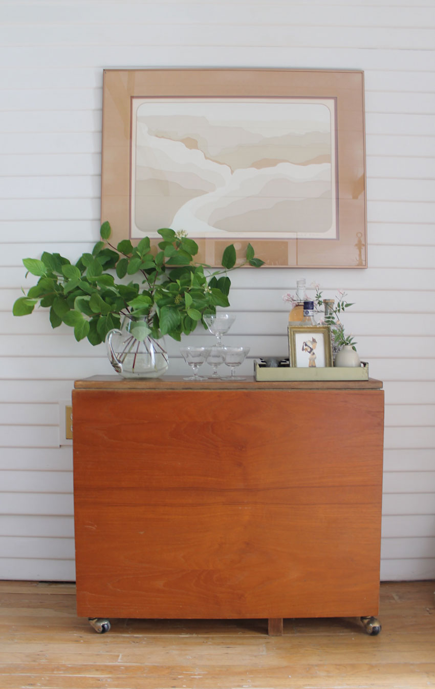 A Mid-Century Drop-Leaf Table Looks Stylish And Is Perfect For A Small Space On Design*Sponge