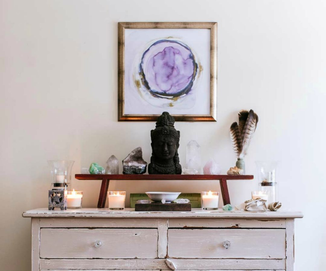 Decorating and Styling with Lilac Hues