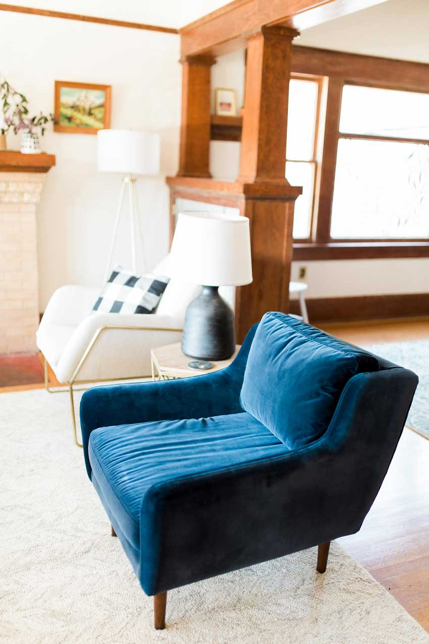 A Cat-Tested Chair Makes The Final Grade In This Tour On Design*Sponge