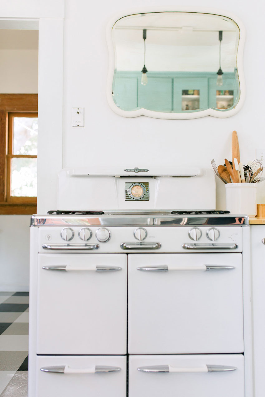 Ashley And Ross' San Diego Kitchen Features A Vintage Oven On Design*Sponge