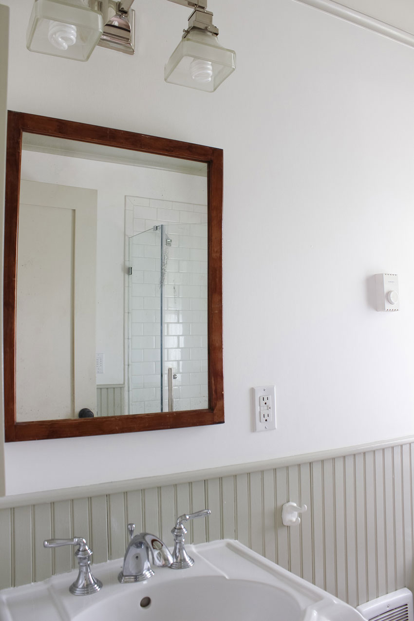 An Antique Mirror Adds Charm To This Cottage In Olympia On Design*Sponge
