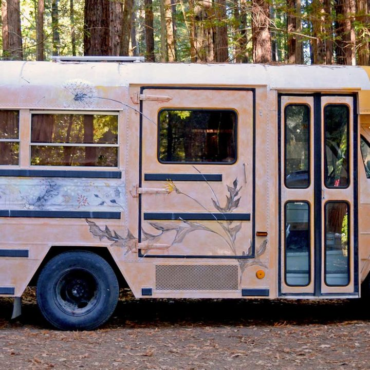 """A Live/Work Bus Named """"Cozy"""" with Hygge Style"""