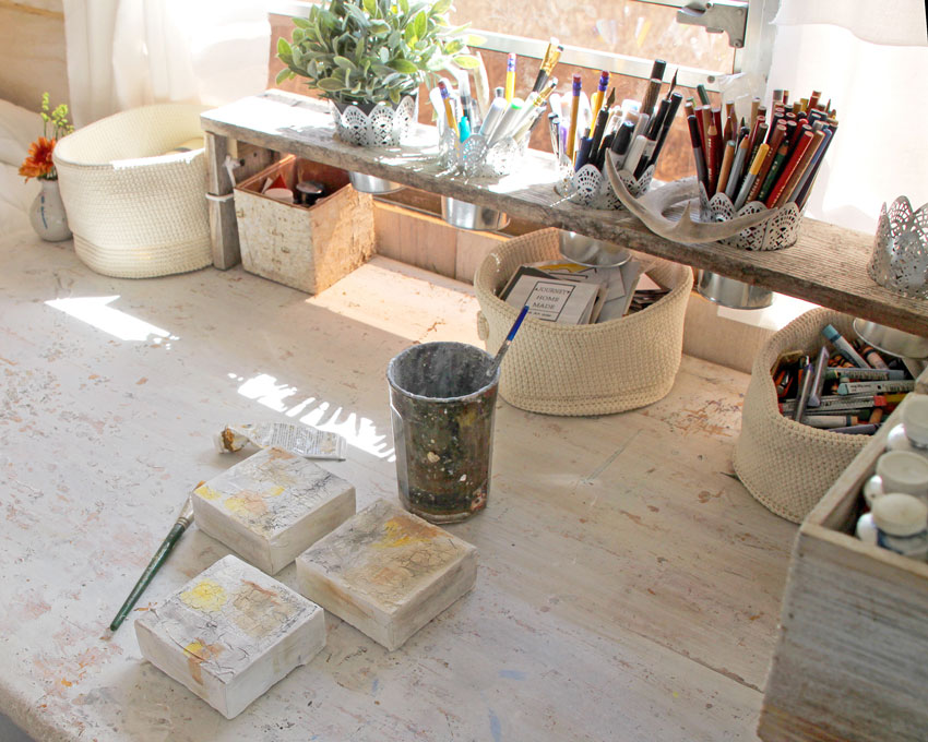 Art Studio In The Converted School Bus Of Jennifer Lorton With Tour On Design*Sponge