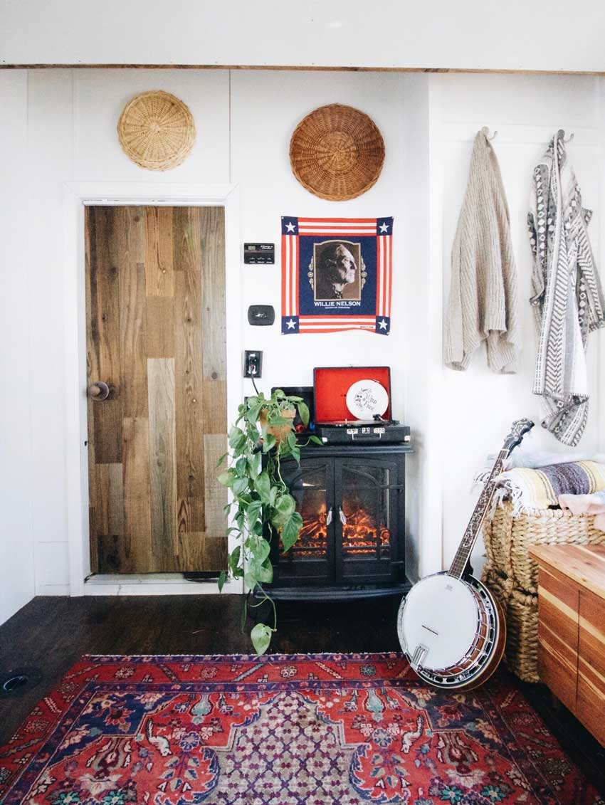A Relaxing Nook In ThIs Toy Hauler Turned Tiny House On Design*Sponge