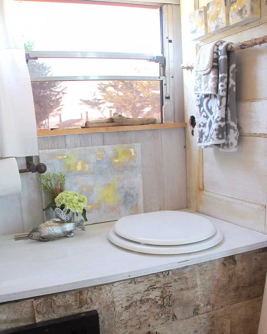 A School Bus Conversion Bathroom On Design*Sponge