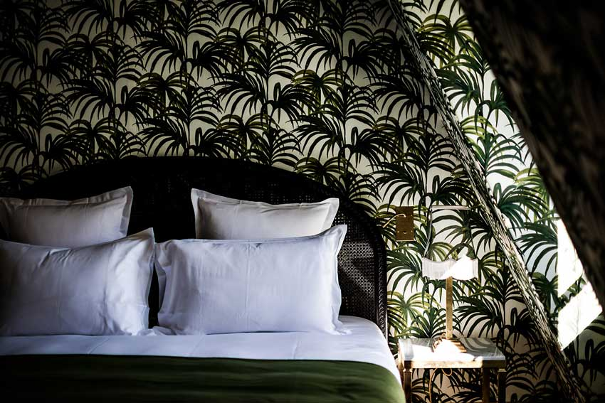 Up Close Bedding Details In The Hotel Providence In Paris Tour On Design*Sponge