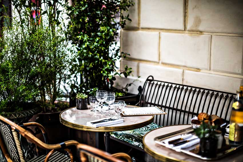 Outdoor Dining At The Hotel Providence In Paris Tour On Design*Sponge