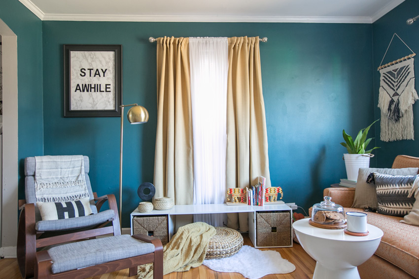 One Corner Of This Chicago Living Room Is Dedicated To A Kids Play Area Home Tour On Design*Sponge