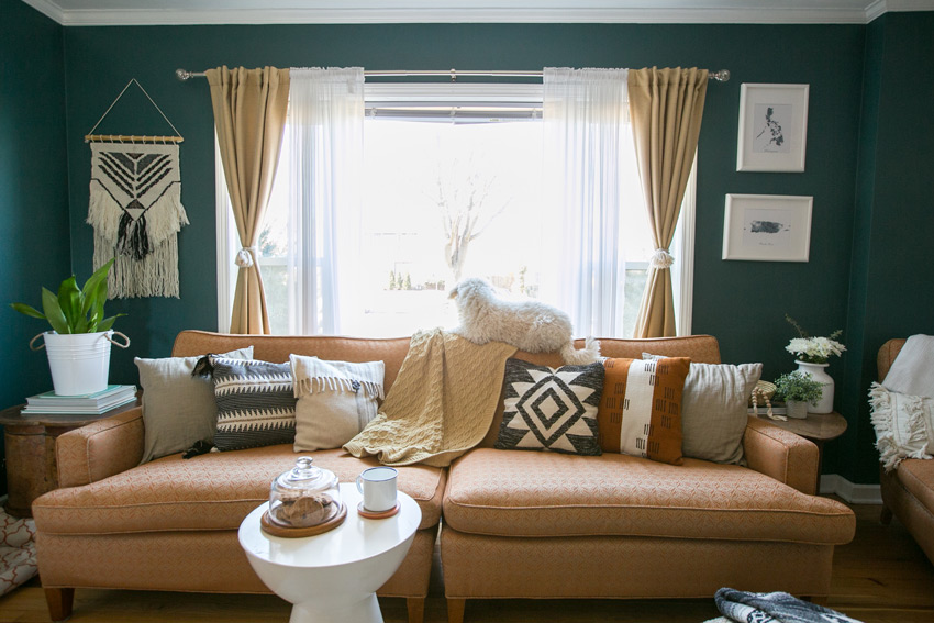 A Vintage Couch That Dictated The Design Of An Entire Room Tour On Design*Sponge