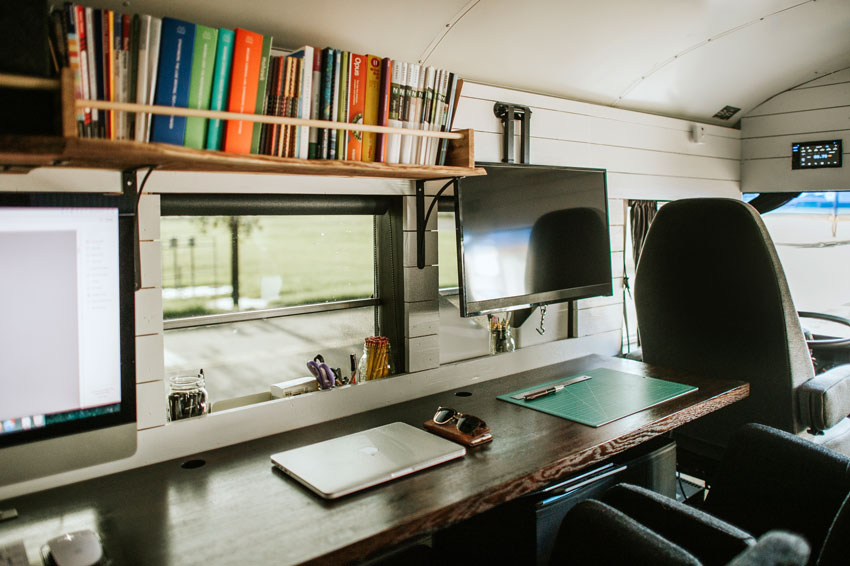 The Extensive Work Area On The Tiny Bus Collective Tour On Design*Sponge