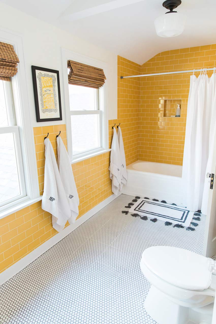 Another Bathroom In This Home That Took Fixtures From Other Bathrooms To Create A More Efficient Space Home Tour On Design*Sponge