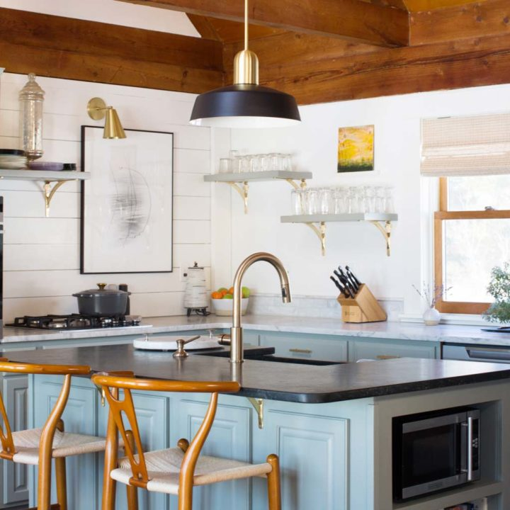 A Charming Maine Home Crafted by Seasoned Renovators