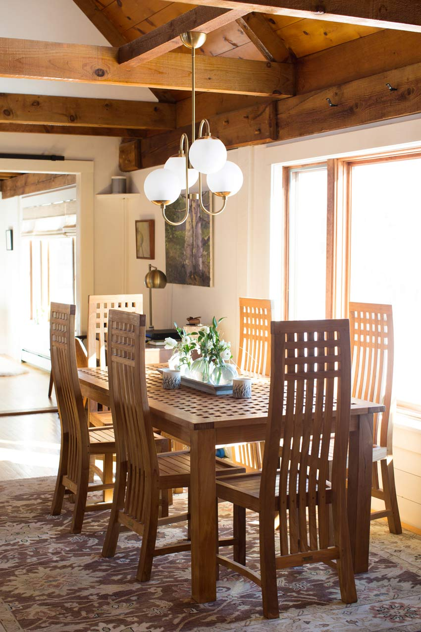 A Teak Dining Table Is Featured In The Historic Maine Home Tour On Design*Sponge