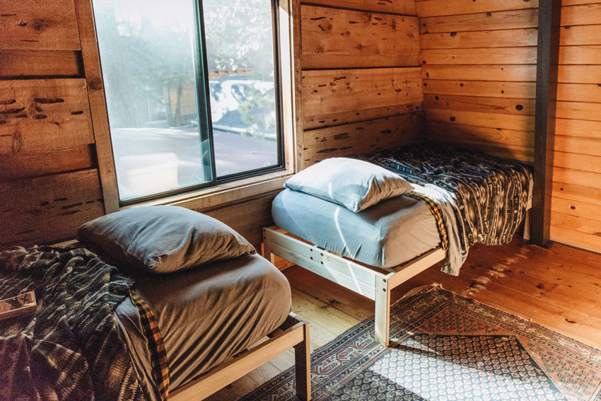 Guest Beds In This Big Bear Cabin Come With A View Full Tour On Design*Sponge