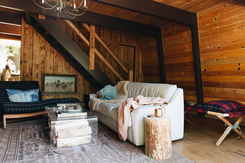 More Vintage Pieces Are Continued In The Cabin Living Room From Big Bear Tour On Design*Sponge