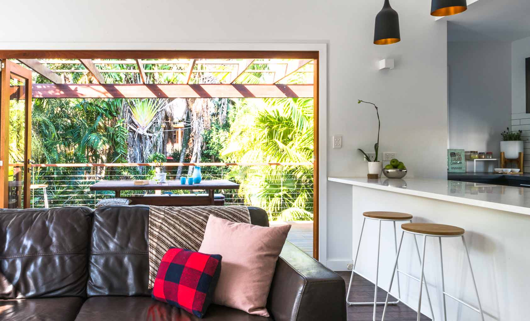 In Australia, a Modern Cottage Nestled in the Trees, Design*Sponge